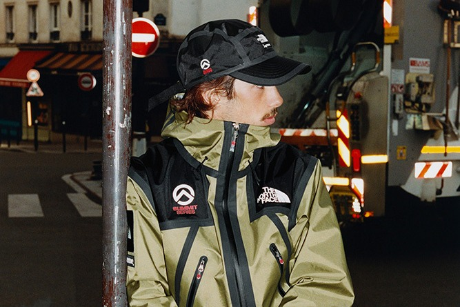 supreme-the-north-face-spring-summer-2021-summit-series-0