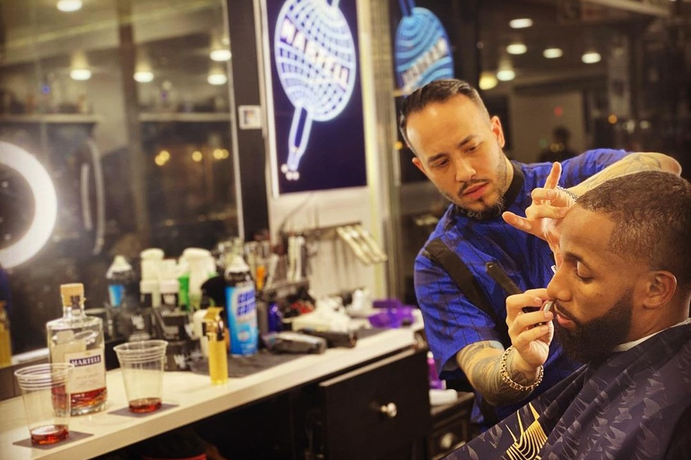 brand-masters-willis-the-barber-well-connected-3