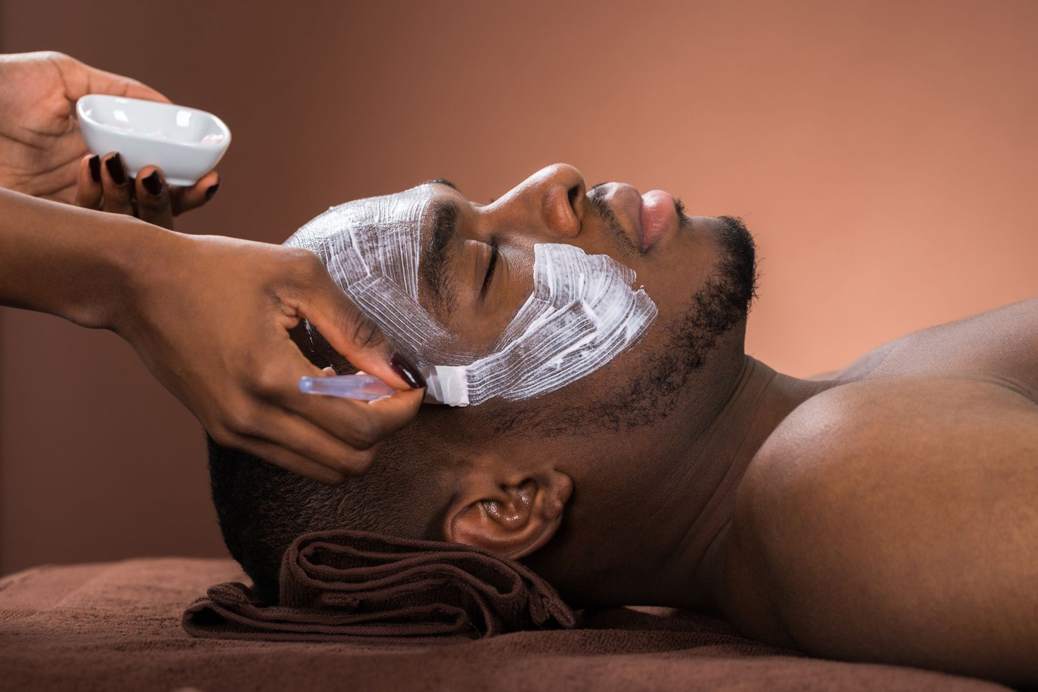 monthly-facial-benefits
